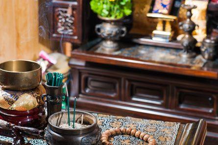 お仏壇・仏具のお取扱もございます