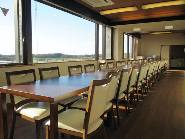 5F式場隣の会食室