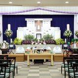 葬儀を行うなら公営斎場か自社斎場か?双方の違いや特徴を解説の画像